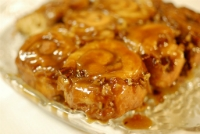 Vanilla Cinnamon Apple Sticky Buns